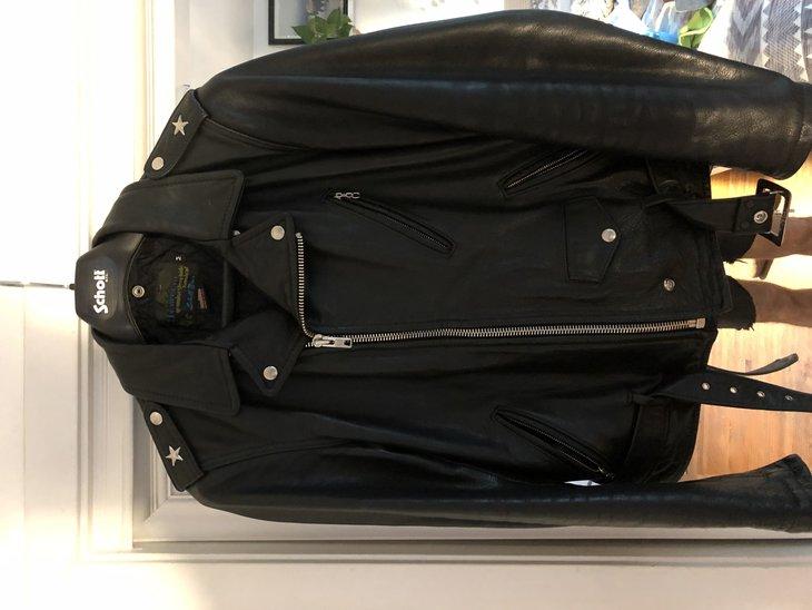 Black perfecto 519 size medium