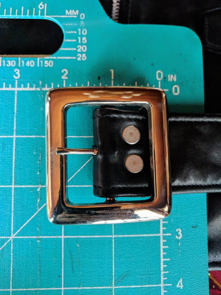 buckle size